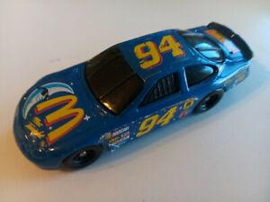 HOT WHEELS 1997 BILL ELLIOTT #94 MAC TONIGHT NASCAR - 1/64