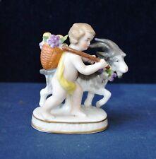 Antico Porcellana Cherubino con capra & Cesto di uve Samson Anchor Mark