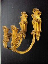 jolie paire de crochets embase de rideaux en bronze doré 19 ème