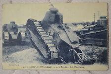 """CPA """" Camp de SISSONNE - Les Tanks - La Manoeuvre"""
