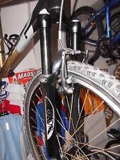 Suntour Fahrrad-Gabeln für Mountain Bikes