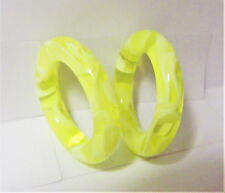 Pair Yellow Marble Light Acrylic Seamless Segment Hoops Rings Plugs 4 gauge 4g