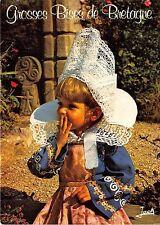 BR4229 Folklore de Bretagne Fillette en Costume de Fouesnant    france