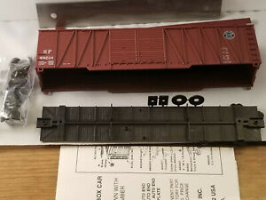 HO Roundhouse 50' Southern Pacific out braced box car Dbl Steel Doors #69234, ki