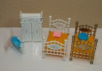 Vtg Mattel LITTLES Family Lot BEDROOM FURNITURE Beds Pillows Armoir Cradle