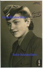 selt Archiv Foto: Portrait Frau in Uniform WH Funkerin Schiffchen Helferin Abz.