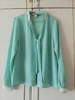 LOVE 21 WOMENS GREEN BLOUSE CHIFFON TOP SIZE 14 M LONG SLEEVE PIT TO PIT 19 INCH