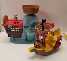 Jake And The Neverland Pirates Battle At Shipwreck Falls Playset + ship Figures