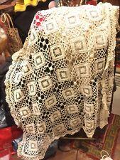 Surnappe fin 19e/début 20e , fil de coton en patchwork de crochet