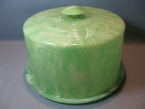 RARE MARBLEIZED GREEN & WHITE PLASTIC CAKE PLATE w COVER, MID CENTURY CAKE SAVER