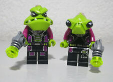 2)Alien Pilot / Trooper Lot 7066 7051 7067 Conquest LEGO Minifigure Mini Figure