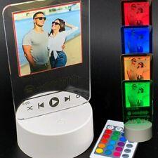 Lampada led multicolore personalizzata con foto e codice spotify idea regalo