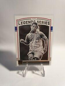 Panini Donruss Soccer 2018/19 Ronaldinho Barcelona Legends Series - Red Version