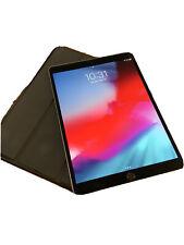 Apple iPad Pro 2nd Gen. 64GB, Wi-Fi + 4G (Unlocked), 10.5 in - Space Gray
