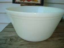 Vintage White Mixing Bowl 2 QT Splash Bowl Marked- Oven Ware F Original VGC