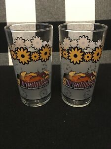 2004Preakness 129 Glasses