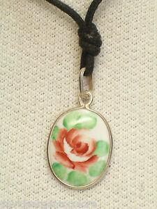 Ciondolo in ARGENTO 925 con rosa dipinta a mano su ceramica - girocollo -