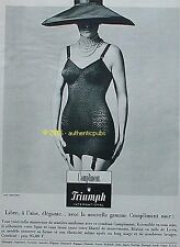 PUBLICITE TRIUMPH COMBINE MODELE COMPLIMENT CHAPEAU DE 1962 FRENCH AD PUB PIN UP