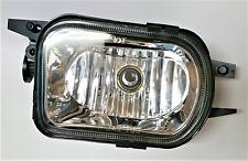 Right passenger fog light W203 2001 2002 03 04 05 06 07 C230 C240 C280 C320 C350