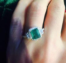 18ct White Gold Stunning Natural Emeralds and Diamonds Estate Ring VS