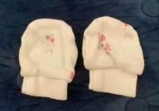 White floral scratch mitts