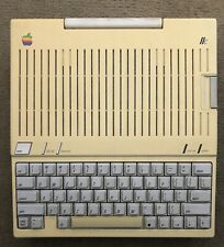 Vintage Apple IIC A2S4100 TESTED WORKING (READ DESCRIPTION)