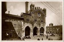 1939 Piacenza - Lato destro del Palazzo Gotico, automobili - FP B/N VG ANIM