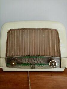 Ancienne Radio Philips Radiola??