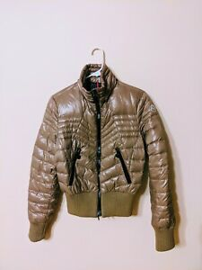 Moncler Women Puffer Jacket Coat Size 1 VERY GOOD CONDITION 100% AUTHENTIC