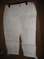 WHITE COTTON 2% SPANDEX CAPRI PANTS WITH LACING AT LEG SIZE 14 VGUC