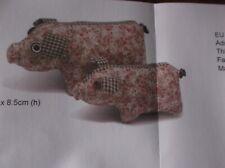 BIG PIG STUFFED ANIMAL COMPLETE NEW SEWING CRAFT KIT FUN PROJECT 18cm x 8.5cm