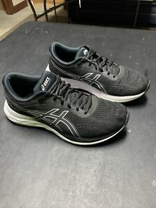Asics Gel Excite 6 Black And White Running Sneakers Womens Size 9.5W Wide EUC!!