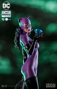 Iron Studios Catwoman Comics 1/10 Art Scale Statue - Regular Edition