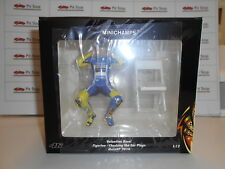 MINICHAMPS VALENTINO ROSSI MOTOGP 14 CHECHING THE EAR PLUGS FIGURE 1:12