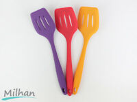 Silicone Slotted Food Turner Kitchen Flipper Cooking Utensil