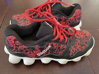 Reebok ATV 19 Boys Size 5 Running Athletic Shoes