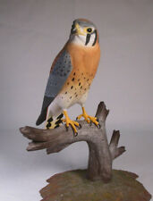 "9-1/2"" American Kestrel  Backyard Bird Carvings/Birdhug"