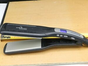 "Remington Wet 2 Straight 1-3/4"" Flat Straightener Iron Hair Straightening S-8001"