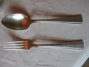 Couverts de table ( cuillère et fourchette ) Ercuis 84 g