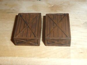 1/32 SCALE PAINTED AMMO CRATES (T2)  FOR MODEL SCENES & DIORAMAS ANY ERA SEEPICS