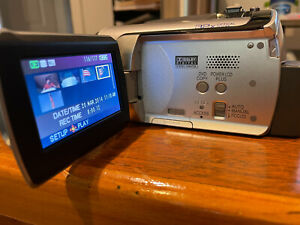Panasonic Palmcorder SDR-H18 Hard Drive Camcorder EXCELLENT CONDITION