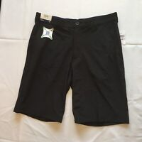 IZOD GOLF Men's Black Slim Fit Stretch Shorts Size 32 New with Tags