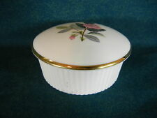Wedgwood Hathaway Rose R4317 Round Covered Dish