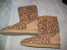 UKALA BROWN ANIMAL PRINT SURFER BOOTS, SZ 6, EXCELLENT