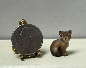 Vintage Artisan Sculpted Brown Kitty Or Cat Dollhouse Miniature 1:12 1:24