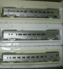HO WALTHERS SANTA FE 3-CAR TRAIN SET #RRSF1225  SF COACHES & DINER W/INTERIORS
