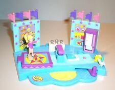 "Polly Pocket Bluebird Mini-Spielzeug ""Turner-Stadion + 1 Figur""  PP39"