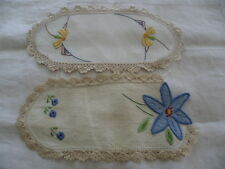 VINTAGE HAND EMBROIDERED YELLOW BLUE FLOWERS TRAY DOILY MAT CLOTH CROCHET TRIM