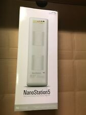 Ubiquiti Networks NanoStation5 5 GHz Indoor / Outdoor Dual-polarity 14dBi CPE