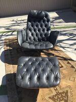 Vintage George Mulhauser Plycraft Mid Century Modern Black Vinyl Chair & Ottoman